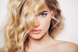 how to curl hair fast 7 ways to curl hair in under 10 minutes