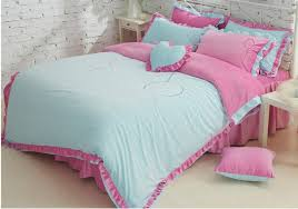 cute twin beds twin girls bedroom decor with pink white platform