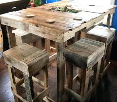 table cuisine avec tabouret table avec palette table haute avec tabouret pour cuisine une table
