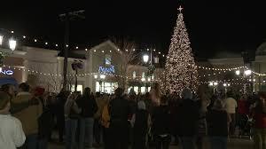 christmas tree lighting bridge street huntsville al bridge street to light christmas tree tonight whnt com
