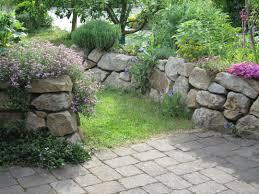Steine Fur Gartenmauer Gartenhaus Selber Bauen Stein Kosten Kosten Garten Anlegen Neubau