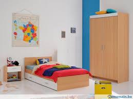 chambre bébé contemporaine chambre enfant contemporaine coloris hêtre blanc spoon a vendre