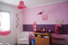 chambre fille 5 ans chambre fille 2 ans amusant deco chambre fille violet idées