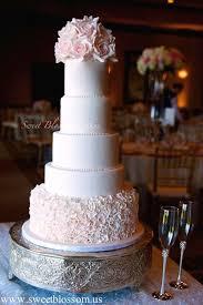winter romance 5 inspiring winter wedding cake designs