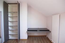 bureau dans un placard placard et bureau sur mesure à chambéry