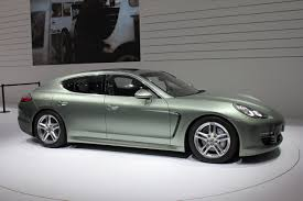 Porsche Panamera All White - 52 mpg at 70 mph no not in a prius in a porsche panamera