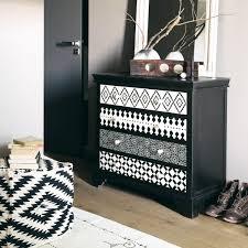 meuble commode chambre repeindre sa commode avec plusieurs patterns géométriques