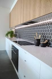 white kitchen cabinets with hexagon backsplash 29 trendy hexagon tile kitchen backsplashes comfydwelling