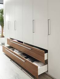 Bedroom Cabinets Ideas Home And Interior - Bedroom cabinet design