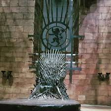 game of thrones dragonstone table see the two new throne room interior sets for game of thrones season