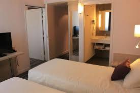 hotel adjoining doors u0026 family rooms at tivoli hotel family room