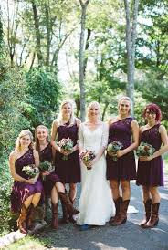 Backyard Rustic Wedding by 97 Best Purple Wedding Theme Images On Pinterest Purple Wedding
