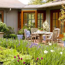 Cheap Backyard Landscaping by Cheap Backyard Ideas