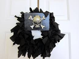 Halloween Door Wreath by Guest Project Make An Incredibly Cool Halloween Wreath