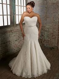 Wedding Dresses For Larger Brides 1161 Best Wedding Gowns For The Curvy Bride Images On Pinterest