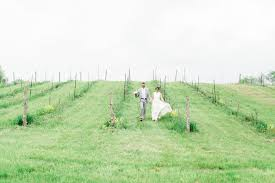 Hudson Valley Barn Wedding Hudson Valley Barn Wedding At Stable Gate Winery Diana Jeremy