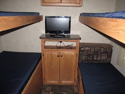 Travel Trailers Smokey Hollow Campground - Travel trailer with bunk beds