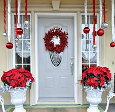 Christmas Decorations For A Front Porch Columns by 10 Ways To Take Christmas Onto Your Front Porch
