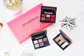 smashbox light it up blush palette last minute christmas gifts for beauty lovers missnewbeauty
