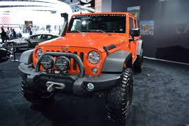 jeep concept truck gladiator breaking updated jeep wrangler pickup confirmed by 2019 photo
