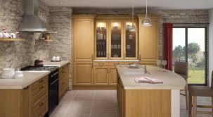 cuisine moderne bois cuisine aménagée moderne bois chalet interior design