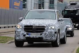 mercedes digital dashboard 2019 mercedes benz gle spied inside and out dashboard shows new