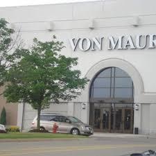 Von Maur Von Maur 22 Reviews Department Stores 37500 6 Mile Rd