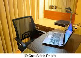 sous cheval bureau le nuit bureau cheval le bureau livres image