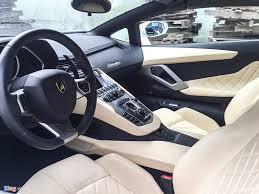 xe lexus mui tran cu chi tiết lamborghini aventador mui trần đầu tiên tại đà nẵng