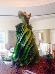 dress made of banana leaves yelp