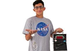 Boy Costumes There Is Now A Halloween Costume Of Ahmed Mohamed The U0027clock Bomb