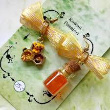 honey winnie pooh earrings crafty amino