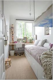 Schlafzimmer Einrichtung Ideen Die Besten 25 Schmales Schlafzimmer Ideen Auf Pinterest Kleine