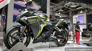honda cbr models and prices auto expo 2018 new honda cbr 250r unveiled expected launch price