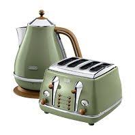 Green Kettles And Toasters Morphy Richards Oasis Green Kettle Green Products Pinterest