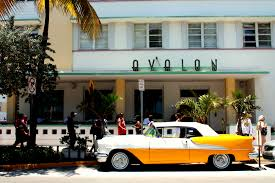 a guide to visiting miami u0027s art deco district