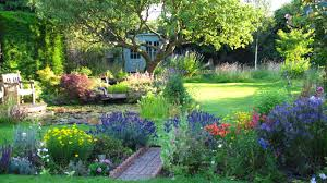 Carol Klein Life In A Cottage Garden - the cottage u0027 garden in surrey an english country garden through