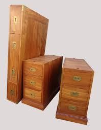 caisson bureau bois très beau bureau à deux colonnes de caissons fonctionnel en margousier