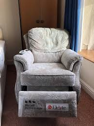 electric recliner chairs second hand second hand disability