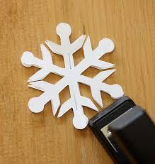 easy 3d snowflake ornaments