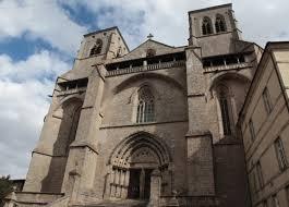 abbaye de la chaise dieu abbaye et cloître de la chaise dieu