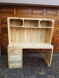 Diy Pallet Wood Distressed Table Computer Desk 101 Pallets by 23 Diy Computer Desk Ideas That Make More Spirit Work Free