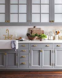 Martha Stewart Kitchen Canisters Elegant Martha Stewart Decorating Above Kitchen Cabinets 59 For