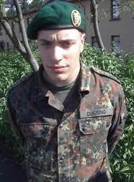 Schlafzimmerblick Lernen Ich Steh U0027 Dazu Ich Bin Bei Der Bundeswehr Freiburg Fudder De