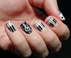 20 amazing black and white nail designs yve style com