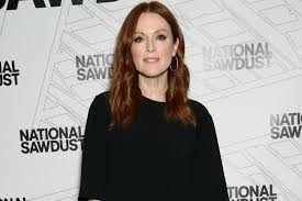 hairstyles for women over 50from loreal julianne moore feels confident as a l oreal paris brand ambassador