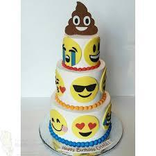 wedding cake emoji emoji cake my cakes creations emoji cake emoji