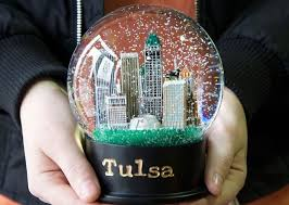 snow globe l post queen of snow globes tulsa oklahoma queen of snow globes