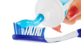 Pasta Gigi menguak fakta tentang pasta gigi alodokter