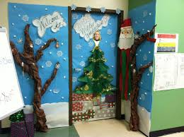 Classroom Door Decoration For Christmas by Holiday Door Decorating Contest Ideas Alert Christmas Door